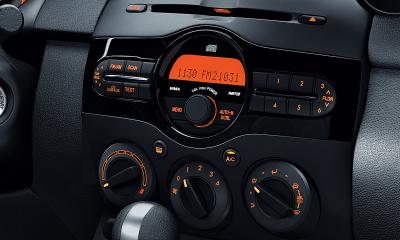 2014 Mazda 2 dashboard